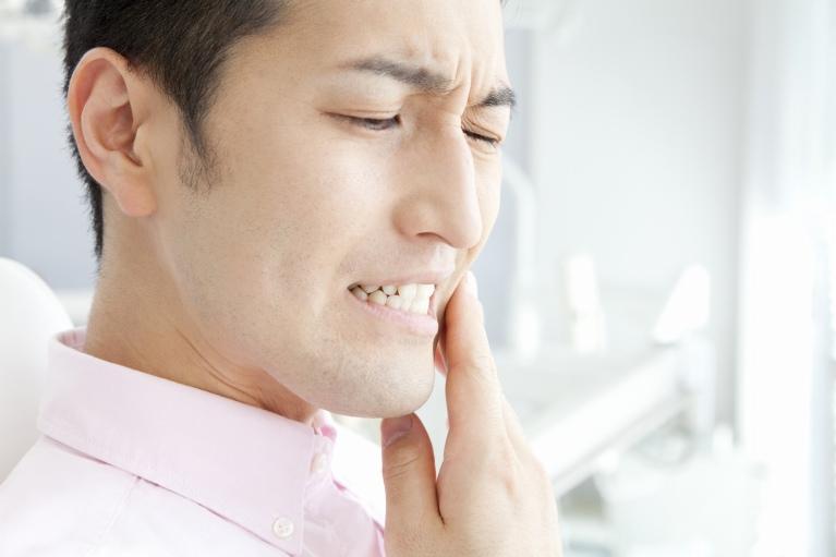 痛みの少ない、親知らずの抜歯は香芝KNデンタルクリニックにお任せ下さい